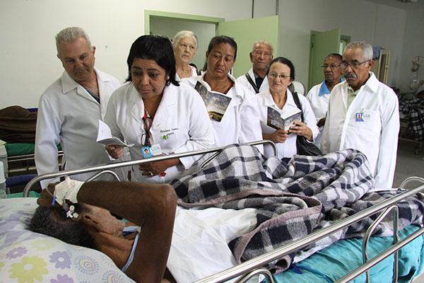 Bíblia para os enfermos em hospitais