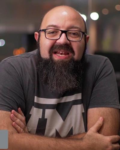 Pr. Cristiano Caracek
